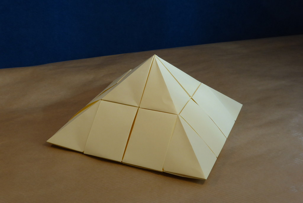 The world 39 s newest photos of kosmulski flickr hive mind for Architecture origami