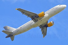 Vueling Airlines EC-KHN Airbus A320-216 cn/3203 @ LFPO / ORY 09-05-2015 (Nabil Molinari Photography) Tags: airbus dd airlines industrie current ff 1009 2007 ory vueling 3203 8207 hseq lfpo clickair 71107 eckhn a320216 cfm565b5p tfrd cn3203 09052015 viewfwwig 342591 vieweckhn