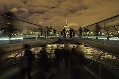 Milenium Bridge (Scotphotoamateur) Tags: light thames modern night river long exposure tate low stpauls shard