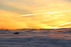 An ocean of clouds (jaione.belza) Tags: