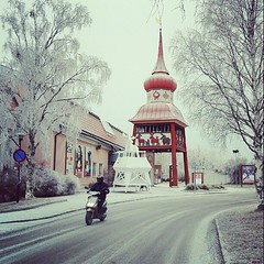 (tsienni) Tags: street sweden motorbike sverige scandinavia jmtland jamtli stersund