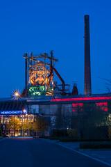 Henrichshütte (oliverhoffmann77) Tags: night nacht hütte nrw dämmerung blau ruhrgebiet pott henrichshütte hattingen beleuchtung nachts langzeitbelichtung stahlwerk ruhrpott blauestunde hochofen leuchten