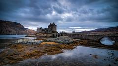 Eilan Donan Castle (Thdenz) Tags: scotland highlands urlaub landschaft eileandonancastle