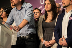 "Podemos celebrate ""the crack"" of the bipartisanism in Spain / Podemos celebra haber roto el bipartidismo en Espaa (Adolfo Lujan) Tags: madrid espaa spain elections wecan elecciones podemos generalelections yeswecan sisepuede pabloiglesias politicalparties bipartidismo partidospolticos gobiernodeespaa eleccionesgenerales governmentofspain iigoerrejn eleccionesespaolas spanishgeneralelections"
