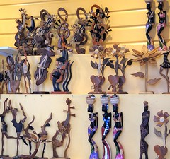 Bahamas (Nassau) Hand made wooden souvenirs1