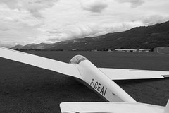Ready to take off (yom1) Tags: light sky blackandwhite bw cloud france mountains monochrome clouds montagne grenoble plane canon eos rebel fly blackwhite montana europe skies noiretblanc cloudy aviation air flight free aerial nb ciel vol 1855 gliding glider nuage nuages efs libre avion montagnes xsi gre noirblanc glide isere ailes planeur planer arien rhonealpes cieux isre voler leversoud eos450d grsivaudan 450d efs1855is versoud 1855is ef1855is rebelxsi eos450 eos45od yom1