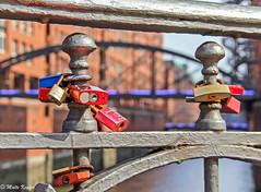 Love Locks... (maritime.fotos) Tags: bridge love hamburg locks brcke schloss liebe speicherstadt hamburgerhafen schlsser blueport lovelocks ottosillbrcke liebesschlsser