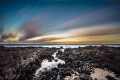 Tom_theater 1 (Tommylege) Tags: ocean sunset sea beach water hawaii nikon waikiki oahu honolulu nikkor sandys