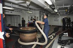 151028-N-ZF498-013 (U.S. Pacific Fleet) Tags: navy sailors line cvn71 usstheodoreroosevelt linehandlers seaandanchordetail forcastle zf498 anthonynhilkowski