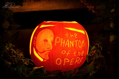 the Phantom of the Opera halloween pumpkin (ajastaika) Tags: halloween pumpkin diy mask broadway carving phantom thephantomoftheopera kaiverrus halloweenpumpkin pyhäinpäivä naamio kurpitsa maski aave kummitus musikaali kurpitsalyhty oopperankummitus