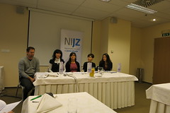 "Novinarska konferenca • <a style=""font-size:0.8em;"" href=""http://www.flickr.com/photos/102235479@N03/23044564814/"" target=""_blank"">View on Flickr</a>"