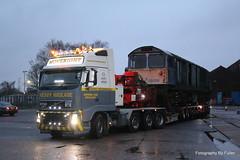 146. 58008's move at Eastleigh. 18-Dec-15. Ref-D116-P146 (paulfuller128) Tags: low transport class international modular depot bone trailer loader 58 modules eastleigh 58008 moveright c58lg