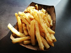 Garlic fries (A. Wee) Tags: squawvalley olympicvalley california 加州 usa america 美国 skiresort 滑雪场 thearc restaurant 餐厅 fries 薯条