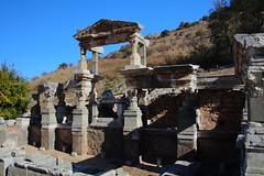 IMG_446a4 (goaniwhere) Tags: ephesus ephesusturkey turkey ancientcity historicsite history rubble ruins grandtheatre libraryofcelsus mycenean