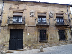 Casa con blasones siglo XVI Soria 01 (Rafael Gomez - http://micamara.es) Tags: casas blasonadas y palacios soria casa con blasones siglo xvi