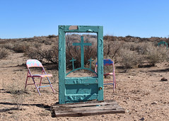 029/365 Beam Me Up Scotty (Helen Orozco) Tags: 2017365 door threecrosses chairs newmexico paintedonglass desert socorrocounty