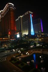 IMG_1900 (AndyMc87) Tags: macau macao casino night reflection wet water conrad sheraton hotel outdoor canon eos 6d 2470 cotai strip