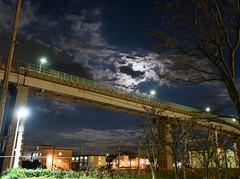 Hemi - 逸見 (LukosD) Tags: d810 nikon 2470 hemi 逸見 night moon japan 日本 handheld