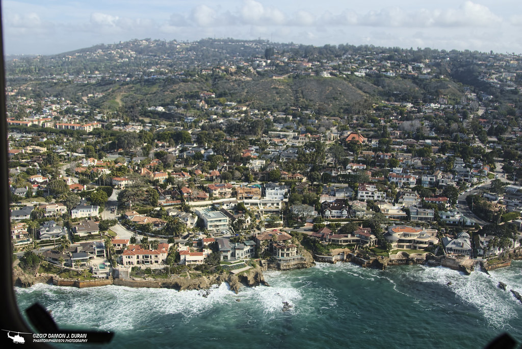 """123 sdfd Research: body, city and the buildings inbetween (cognella, san diego,   118-123 """"berkeley's free speech controversy,"""" op ed, oakland tribune, jan."""