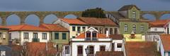 IMG_1877 (marinetteromico) Tags: aqueduc maisons couleurs balcons toits tuiles viladoconde portugal