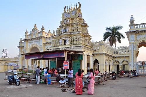 India - Karnataka - Mysore - Mysore Palace - Kote Sri Anjaneya Swamy Temple - 6