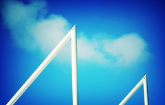 289 (sul gm) Tags: blue sky fotosencadenadas azul 2006 minimal cielo mayo minimalista salgm ltytr1