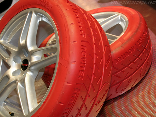 Colored Smoke Tires >> Tyre Other coloured car tyres - Civinfo