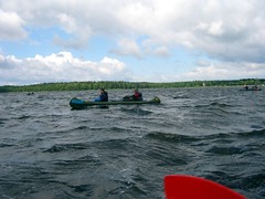 Waves (Mt) Tags: sky water mritz paddeln