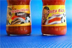 Eröffnungsspiel (BlueBreeze) Tags: deutschland costarica fussball ketchup sauce 2006 curry wm ananas tomate flasche wm2006 fussballwm soße eröffnungsspiel