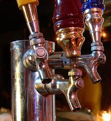 Taps (Edwin Land) Tags: beer bar taps pint pour
