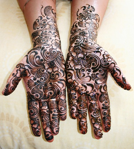 originally uploaded by Love Mehndi.
