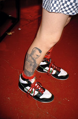 TRAVIS BICKLE TATTOO.jpg (David Axelbank) Tags: leica london tattoo kodak travisbickle 40mm portra minilux