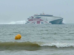 Hoverspeed approaching Calais