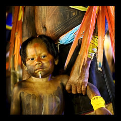 when? ( Tatiana Cardeal) Tags: pictures brazil portrait people southamerica festival brasil digital photography photo bravo published child native picture culture photojournalism documentary forsakenpeople 2006 tribal brazilian superfantastique criana invenciblespirit tatianacardeal fotografia indios topf150 ethnic indien cultura indigenous brsil bertioga socialchange ethnology indigenouspeople documentaire indische etnia ethnologie documentario ethnique povosindgenas ethnie kayapo kkfav pueblosindgenas indigenousfestival indigenenvlker