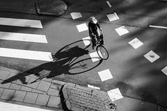 Little Hesitation (apesaartje) Tags: street city amsterdam nederland streetphotography grachten stad citytrip straatfotografie mariusvieth