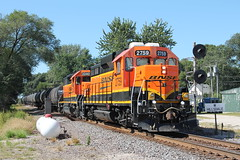 BNSF 2759 (CC 8039) Tags: illinois trains searchlight signal bnsf hillsdale gp38 gp30 gp39