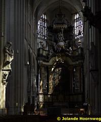 olv_over_de_dijlekerk_01 (Jolande, kerken fotografie) Tags: belgie belgi ramen kerk mechelen glasinlood orgel architectuur jezus kruis vlaanderen preekstoel altaar olvoverdedijlekerk