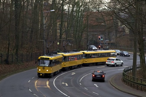 Tatra-Zug 224 247/224 218/224 217 kurz hinter der Haltestelle Mordgrundbrücke