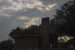 IMG_6150 (Vincent Zanicheli) Tags: cruz pedra cemitério dia diferente tudo depende do seu olhar pirassununga brasil interior são paulo céu lindo azul estatua arquitetura escultura
