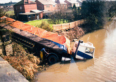 Volvo F10/F12 Canal Accident (Betapix) Tags: leeds liverpool canal volvo truck accident seddon atkinson 4x2 wrecker trucks lorries hgv lgv 1 2 3 artic trailer