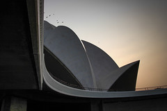 Delhi-488 (Andy Kaye) Tags: bahia lotus temple delhi flower marble india deccan indian new dusk sunset afternoon