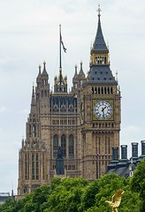 Uk.   London   (England) (ArtArquitectureHistory) Tags: bigben canon70300mmf456lisusm canon7d centraltower clocktower elizabethtower flickr greatclockofwestminster housesofparliament london palaceofwestminster ststephenstower unitedkingdom