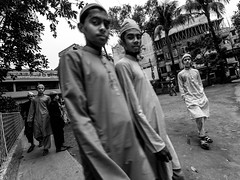 Dhaka Street #97 Life In Madrasah (سلطان محمود) Tags: they student madrasah some them playing cricket ground other students walking talking each dhaka dhakastreet999 mahmood man boy plays yi action xiaomi bangladesh mycity