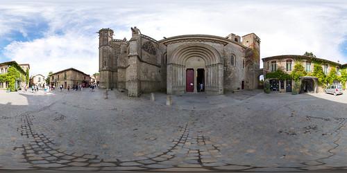 Portail de la basilique Saint-Nazaire à Caracassonne