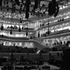 2017:365.021 (olivgrau) Tags: 365the2017edition 3652017 day21365 21jan17 elbphilharmonie einstürzende neubauten concert hall hamburg expensive live stage