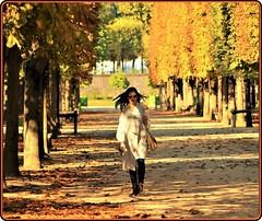 Autumn in Paris (Ioan BACIVAROV Photography) Tags: bacivarov ioanbacivarov bacivarovphotostream interesting beautiful wonderful wonderfulphoto nikon woman women girl girls fille filles fata fete fashion moda mode paris france autumn tree arbre copac