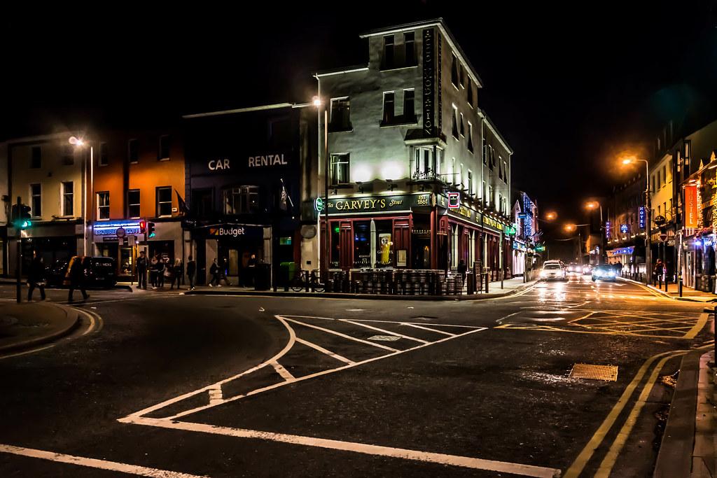 GARVEY'S PUB [GALWAY AT NIGHT] REF-107612
