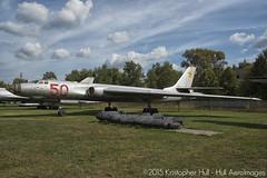 Tupolev Tu-16R-2 50 Red (Hull AeroImages) Tags: tupolev monino 50red tupolevtu16 туполев badgere туполевту16 tu16r2 centralairforcesmuseum