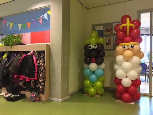 Ballonpilaar Sinterklaas Zwarte Piet CBS De Marimba Spijkenisse