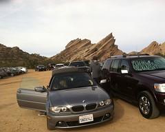 004 Arrival (saschmitz_earthlink_net) Tags: california cars parkinglot orienteering rockformations aguadulce vasquezrocks losangelescounty 2015 laoc losangelesorienteeringclub